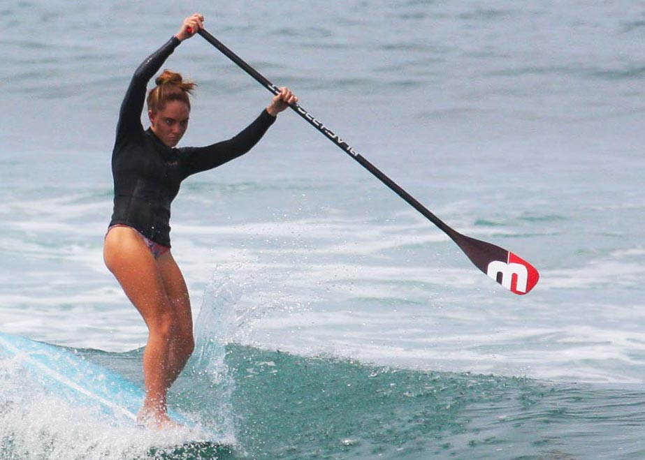 paddle boarding with black project paddle
